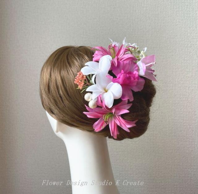 プルメリアとピンクのリリィのヘッドドレス リゾートウェディング 髪飾り 成人式 結婚式 ヘッドドレス ウェディング
