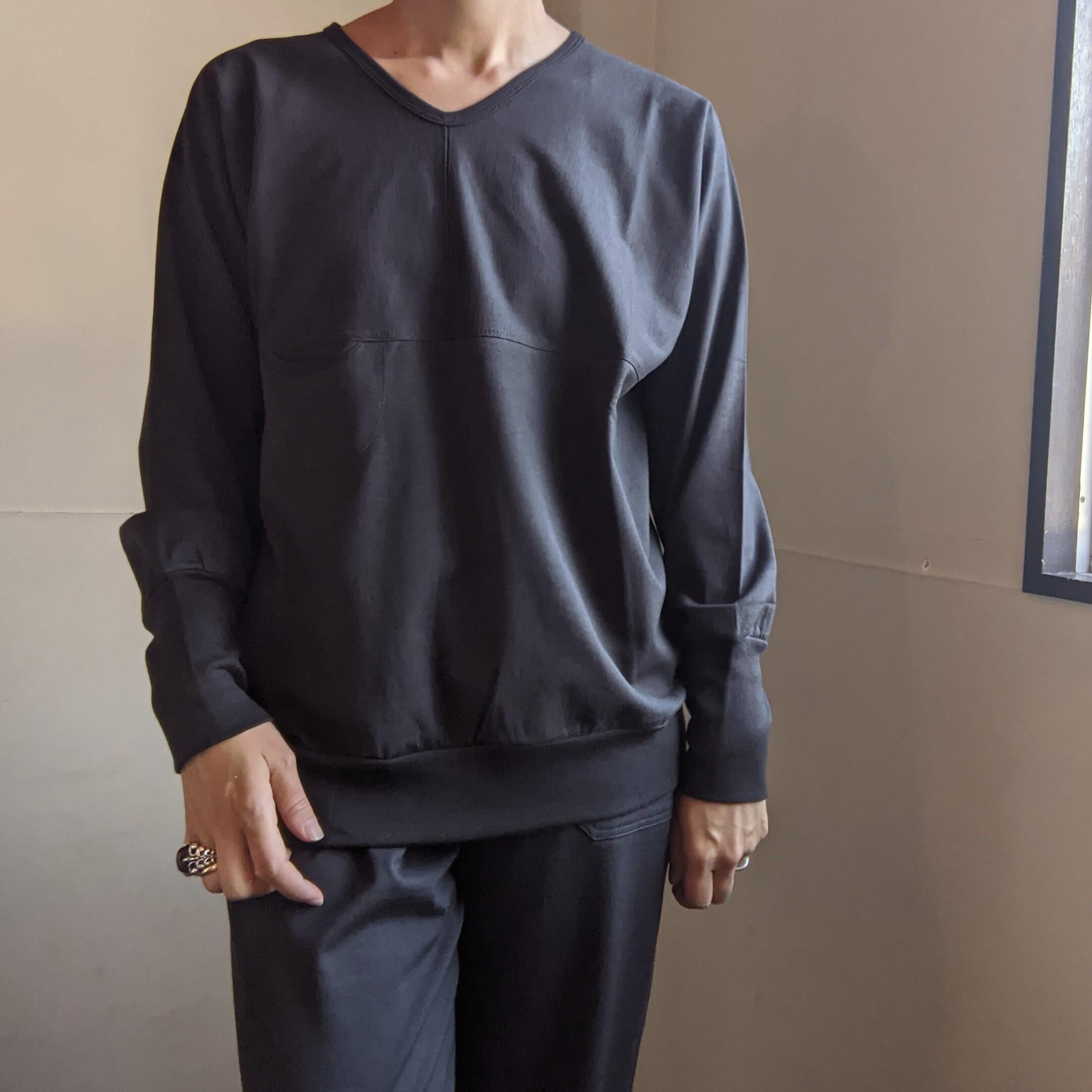 【 CLOSELY CLICK PEBBLE 】Vネックドルマンスリーブプルオーバー / cotton wool / chacoal チャコール /V-neck dolman sleeve pullover