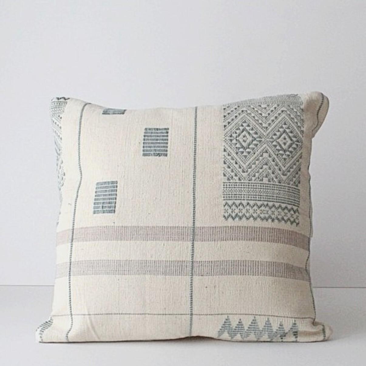 草木染め手織り クッションカバー ブルーグレー