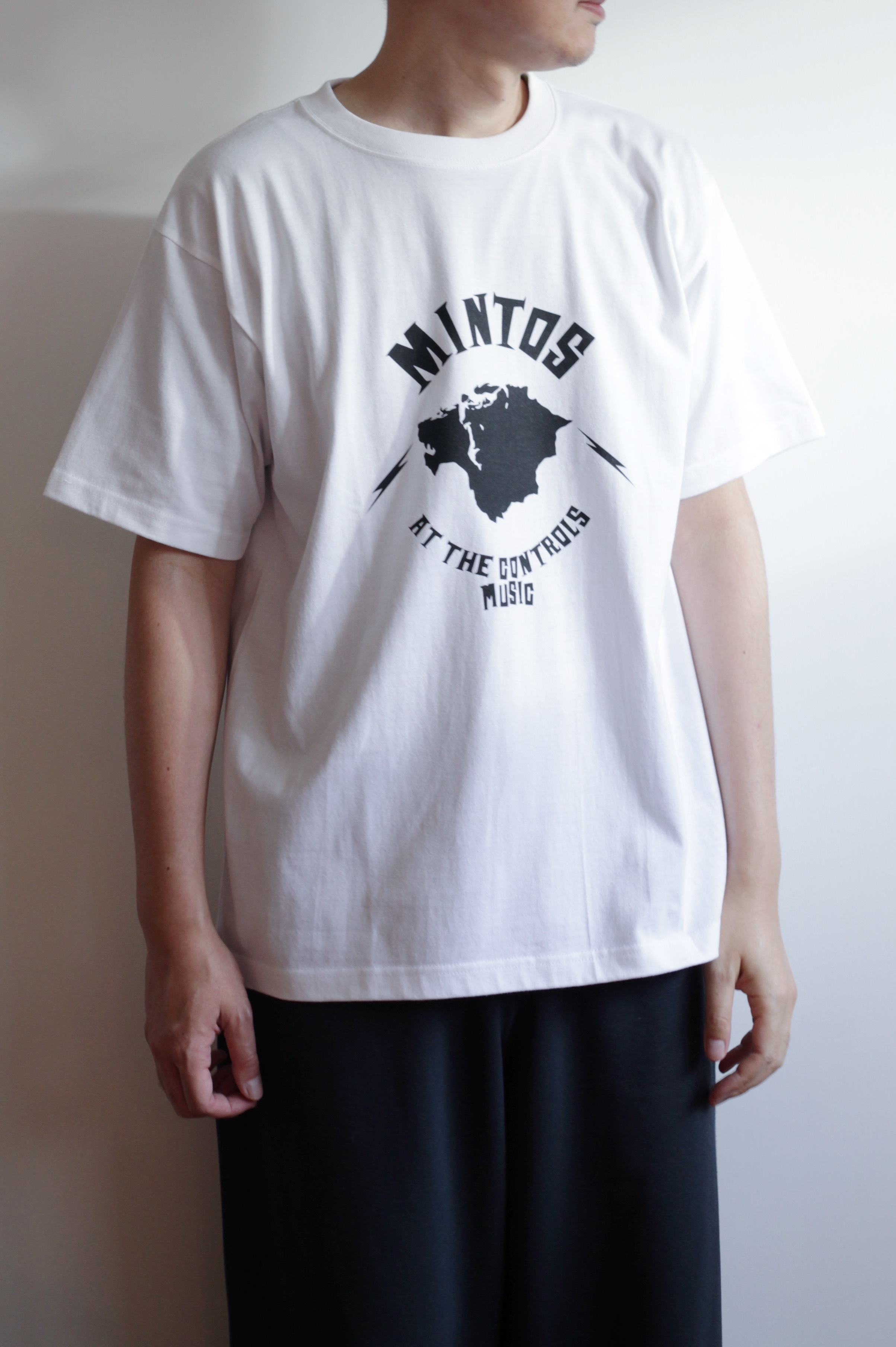 【POET MEETS DUBWISE(ポエトミーツダブワイズ)】Mintos T-Shirt