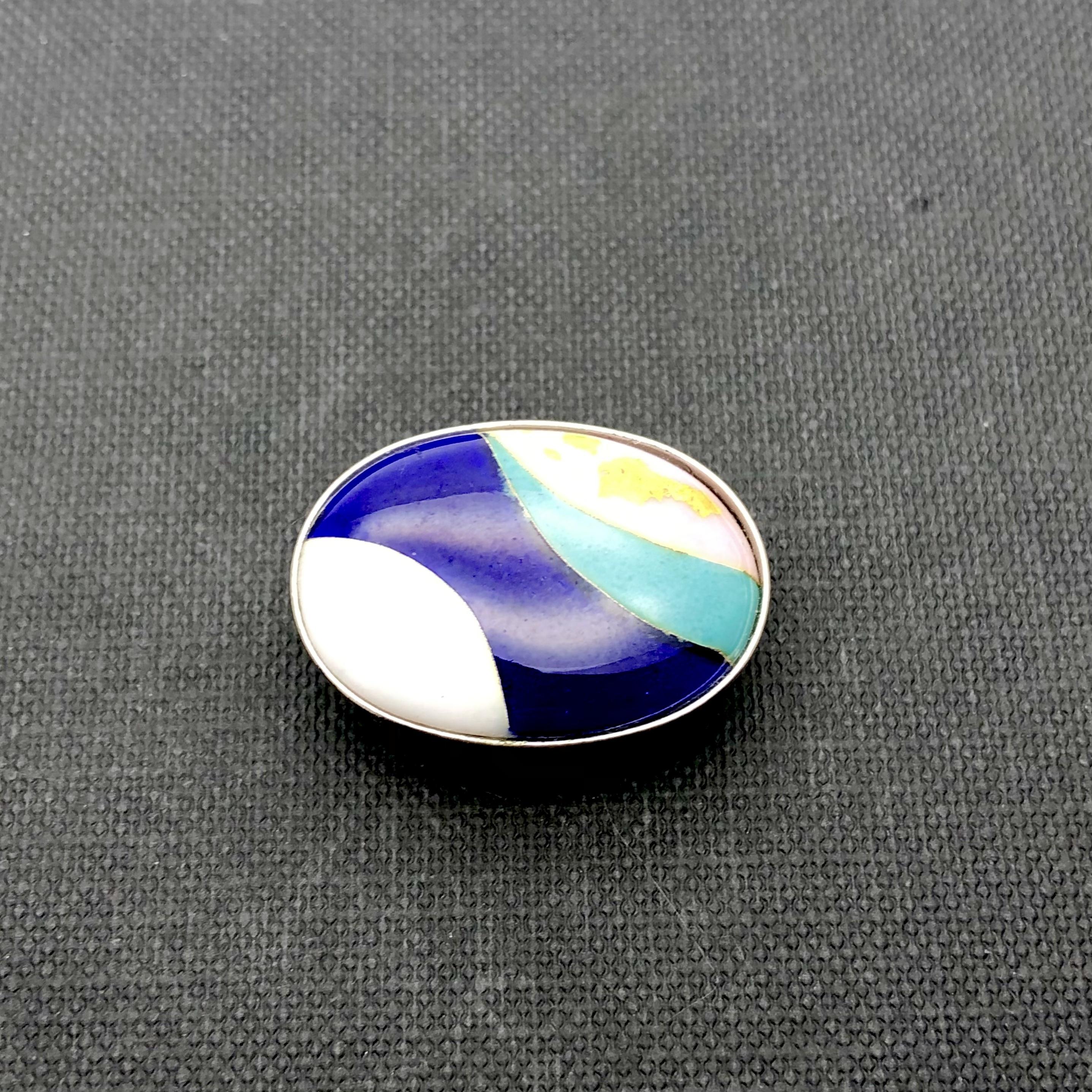 帯留め 楕円形 ネイビーブルーライン