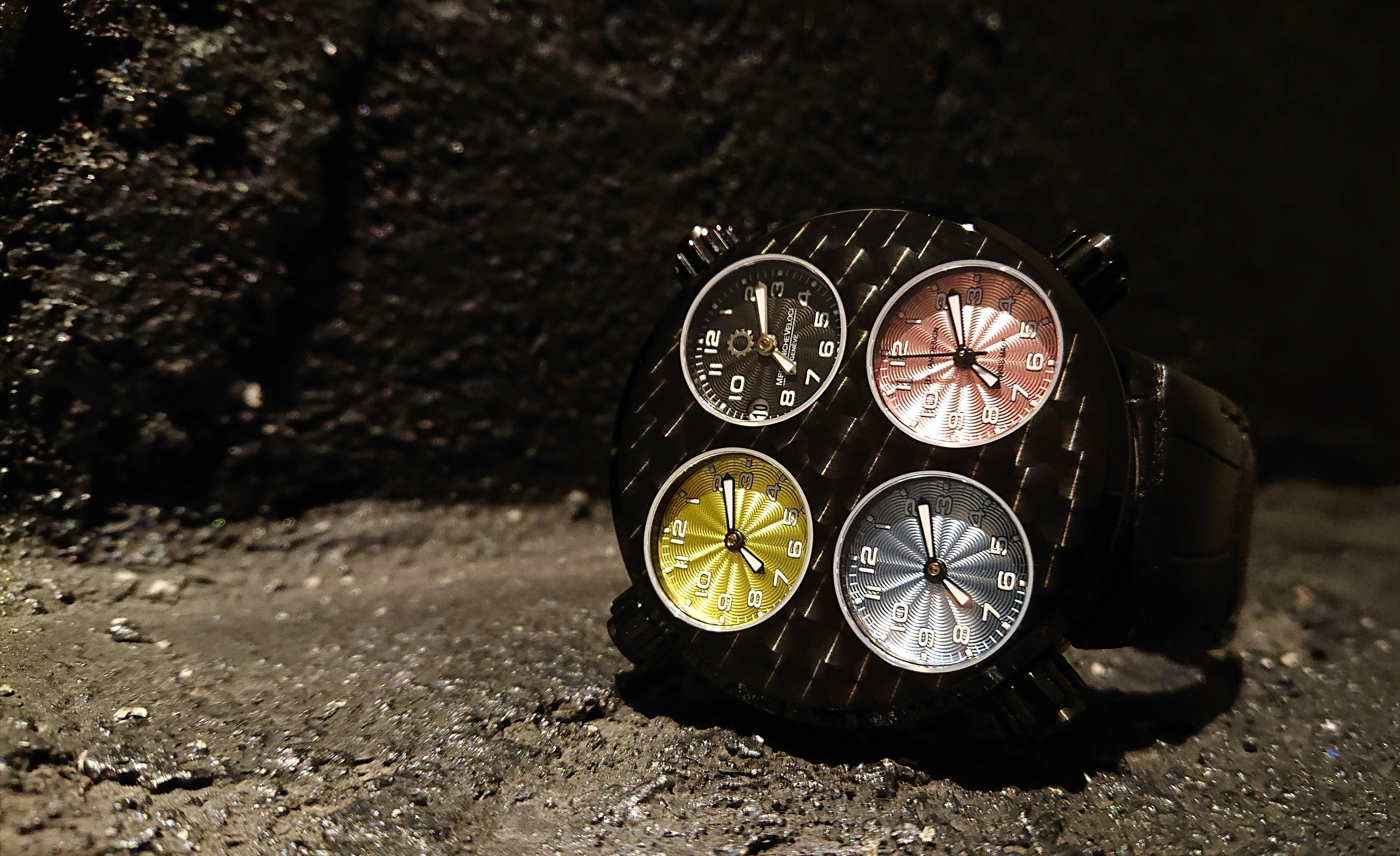 【MECCANICHE VELOCI メカニケ・ヴェローチ】ICON NITELITE BLACK アイコン ナイトライト(ブラック)/国内正規品 腕時計