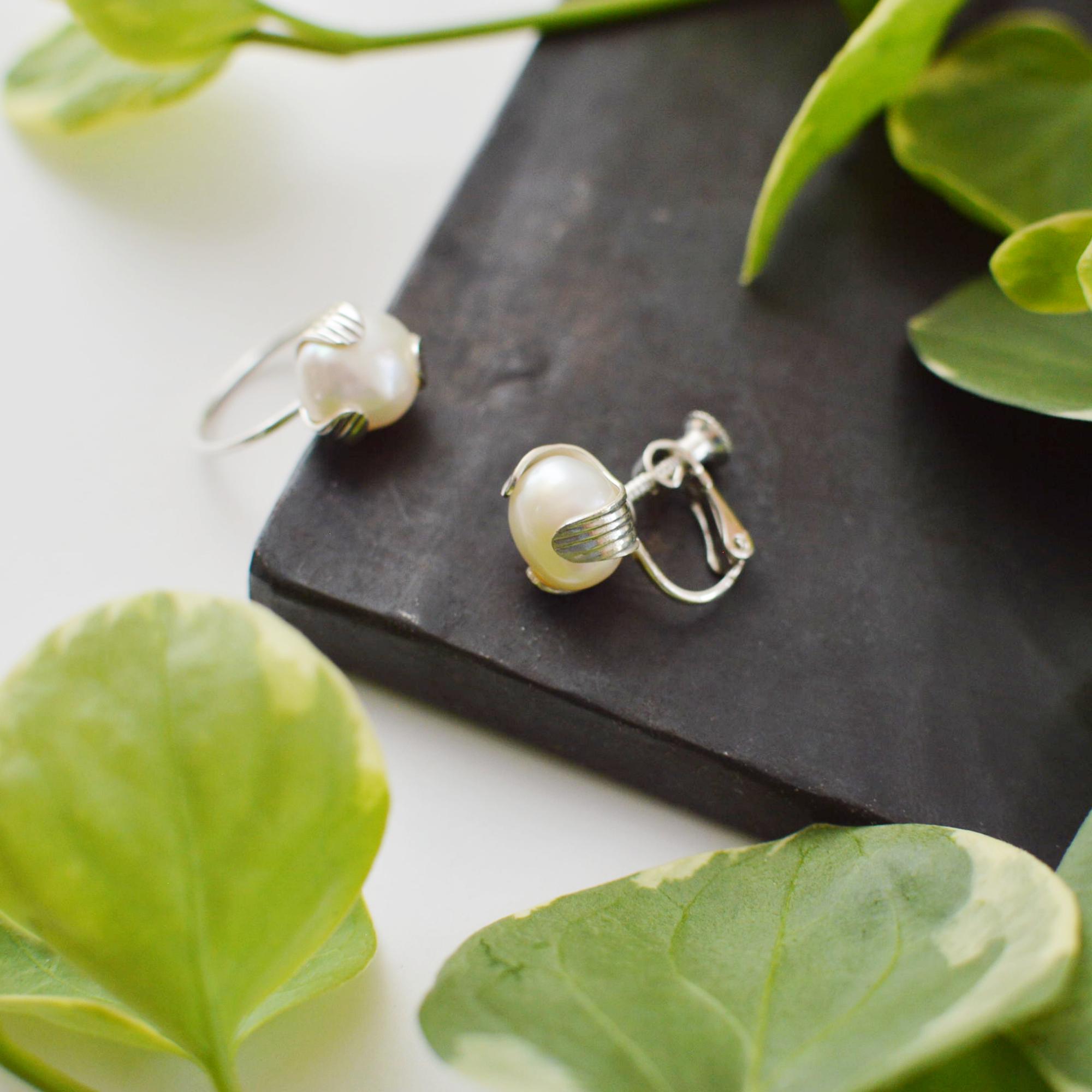 つぼみのイヤリング:片耳