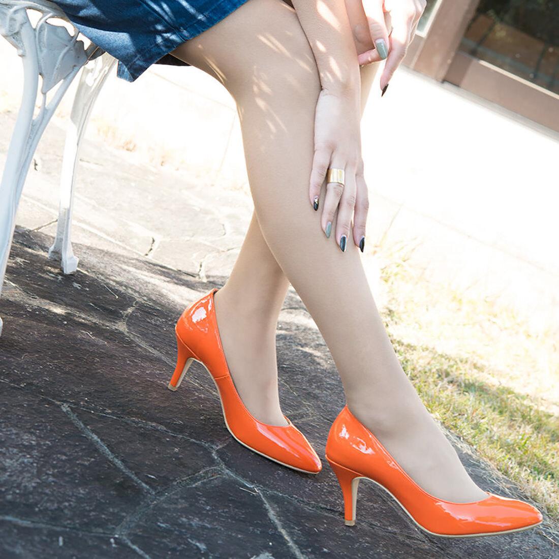 【一部難あり】ラウンドトゥ エナメル パンプス:オレンジエナメル 24.5cm(OT776)