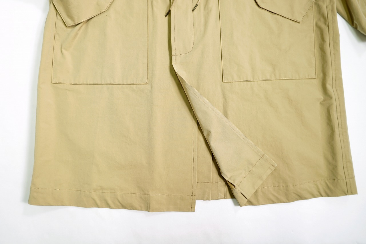 Smooth Stain Collar Coat