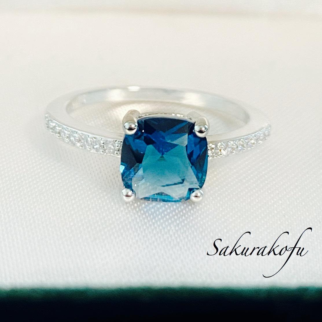 送料無料☆即納 D057 レディース 指輪 ピーコックブルー キュービック シンプルリング