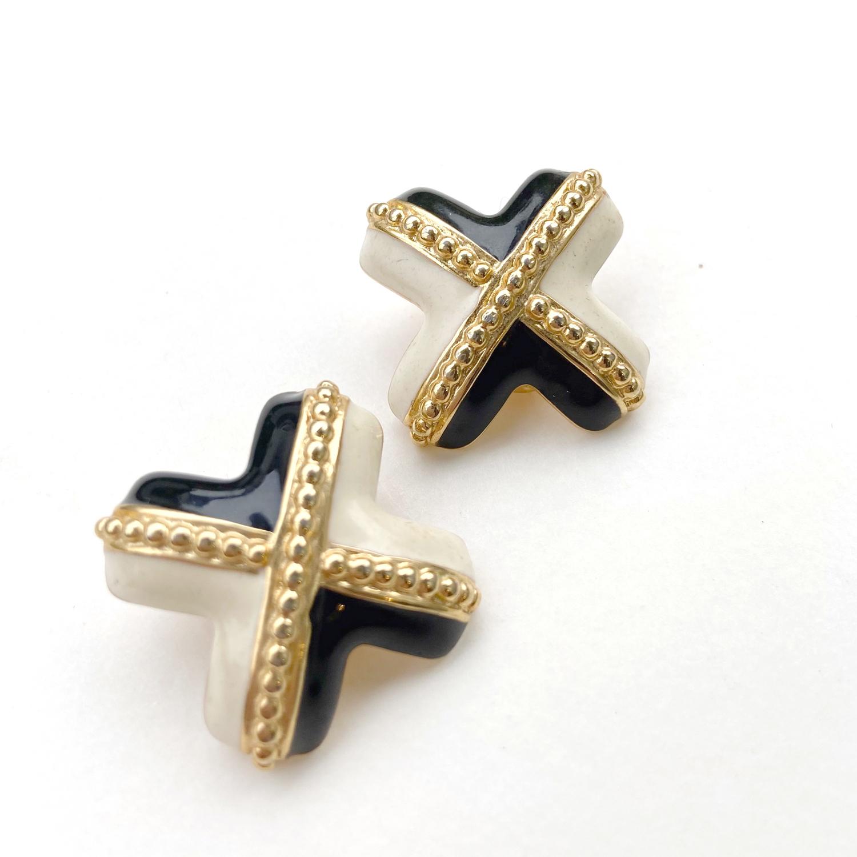 Cross Vintage earring X-033