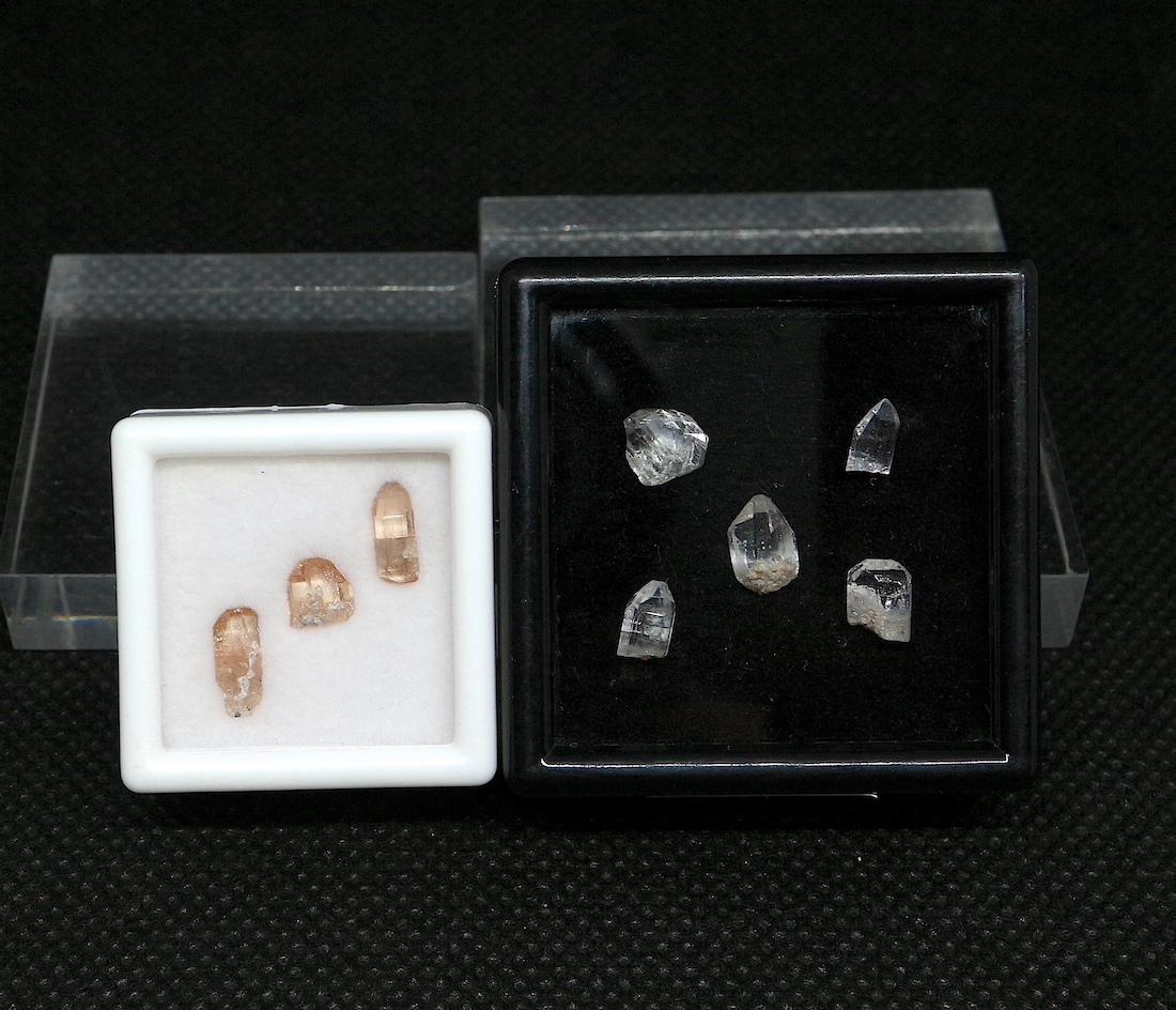 2セット!【鉱物標本セット】トパーズ ユタ州産 スクエア大小 TZ075 原石 宝石 天然石 鉱物セット