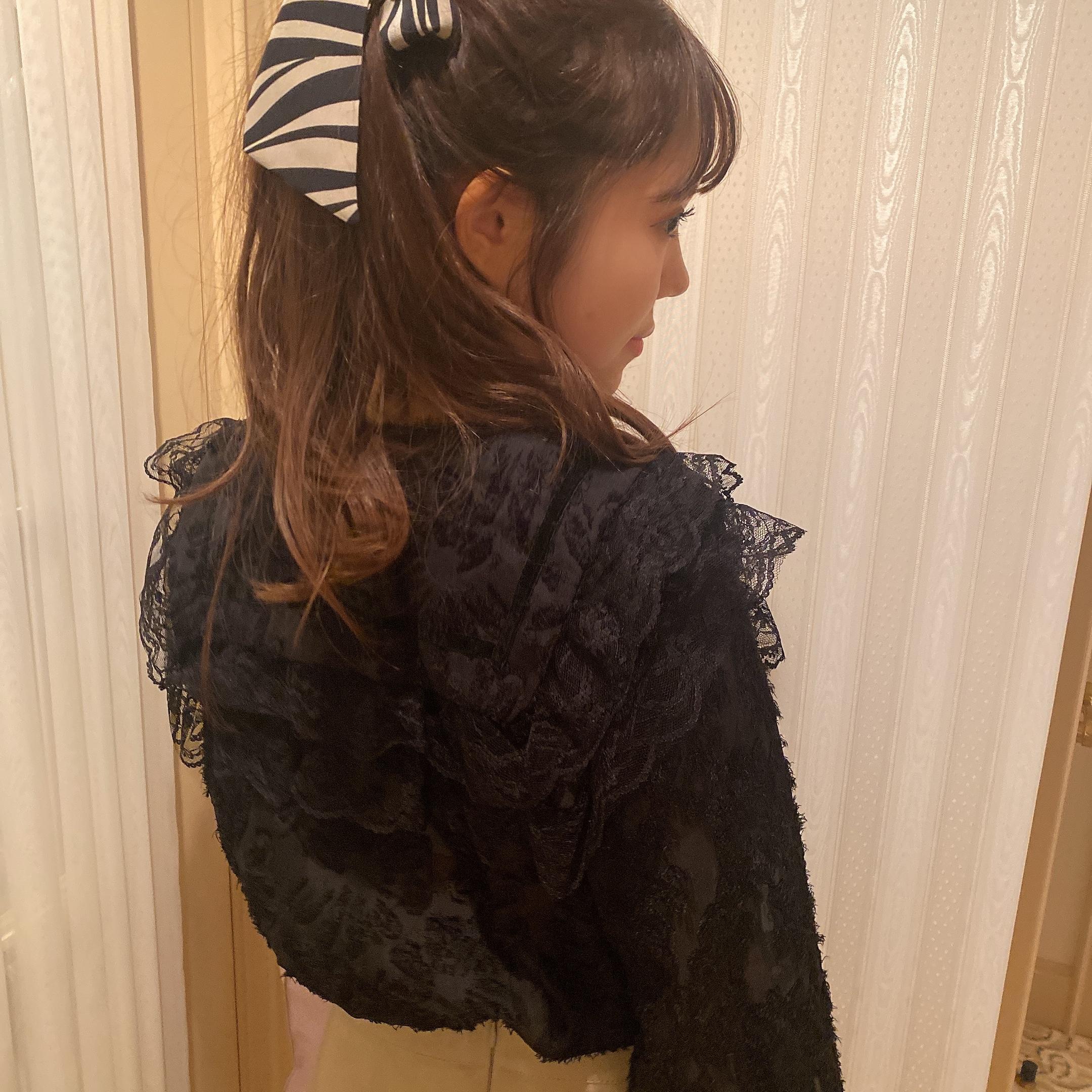 classic monotone blouse