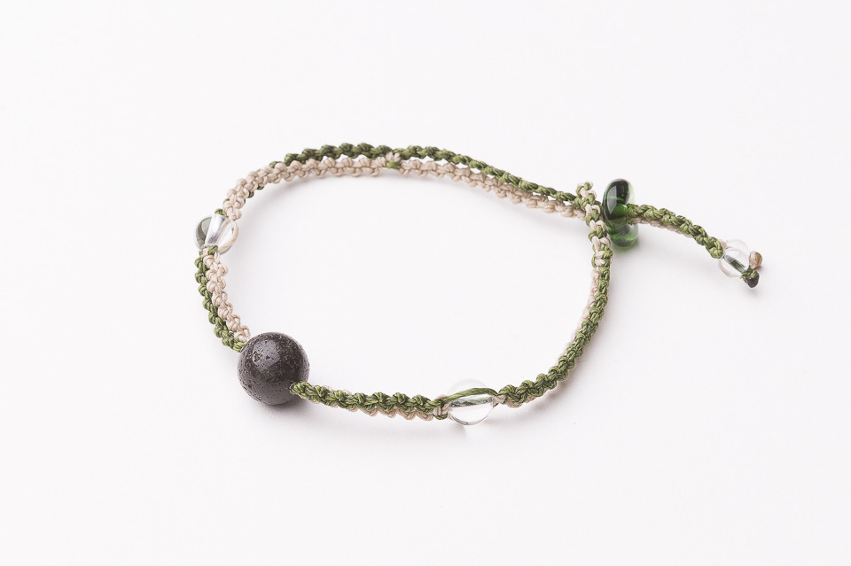 富士山溶岩ブレスレット[Lava Bracelet]ライトグリーンXベージュ