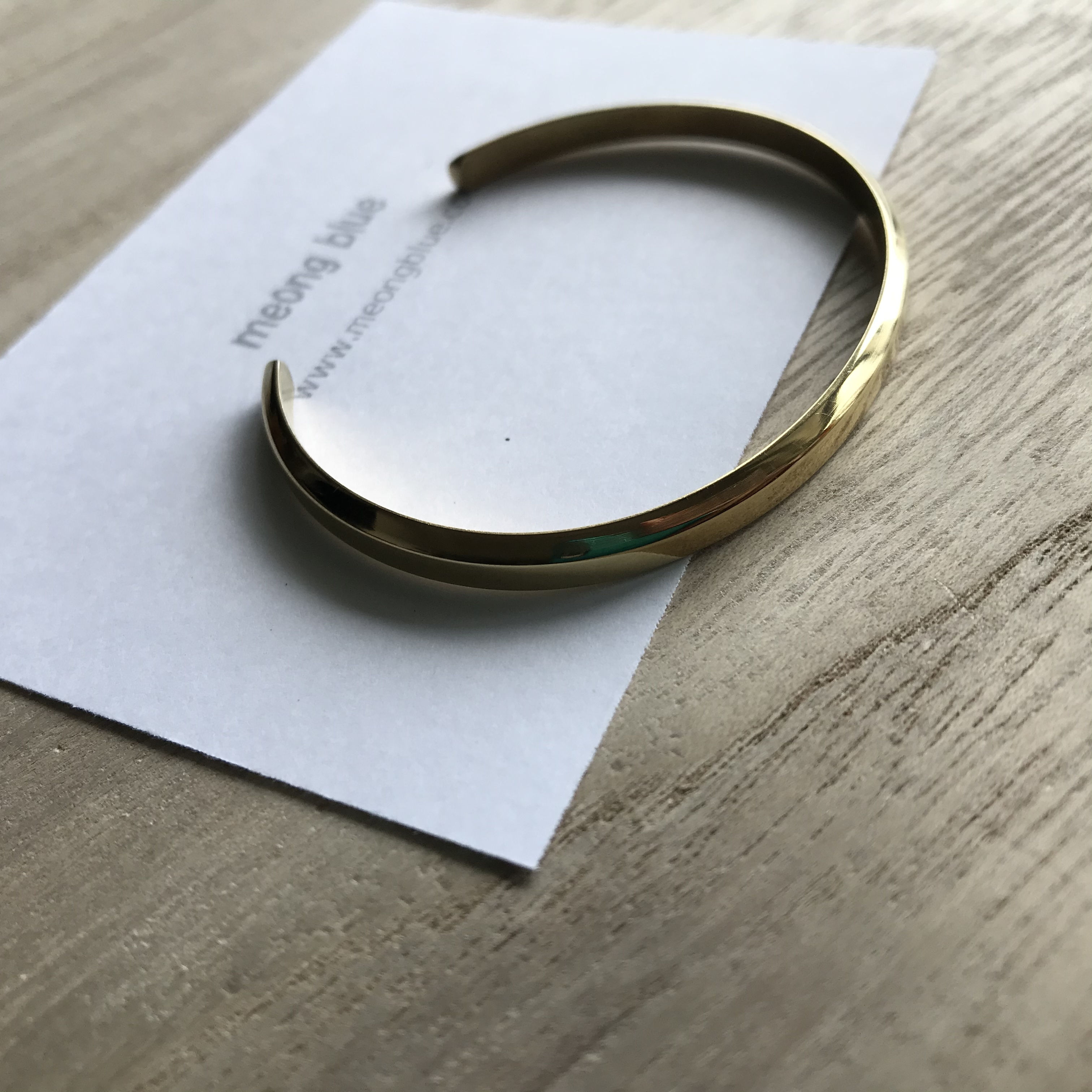 Bangle Gold Color