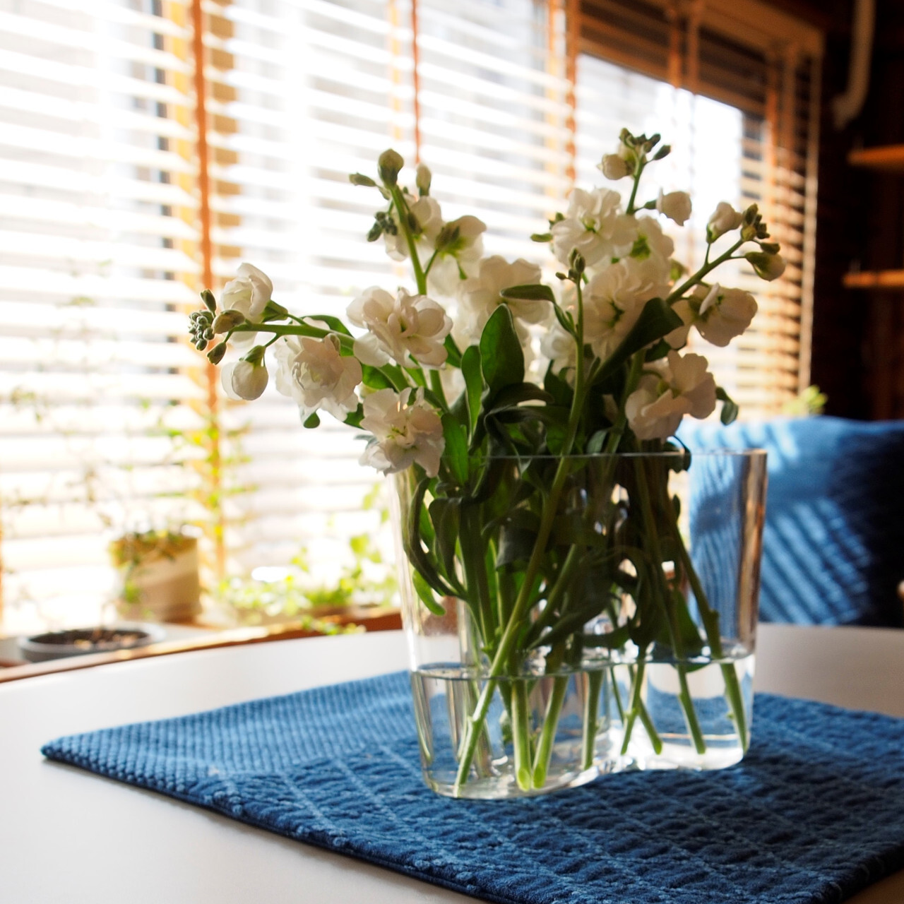 うしじま縫製   武州正藍染 テーブルランナー 四角 二重刺子