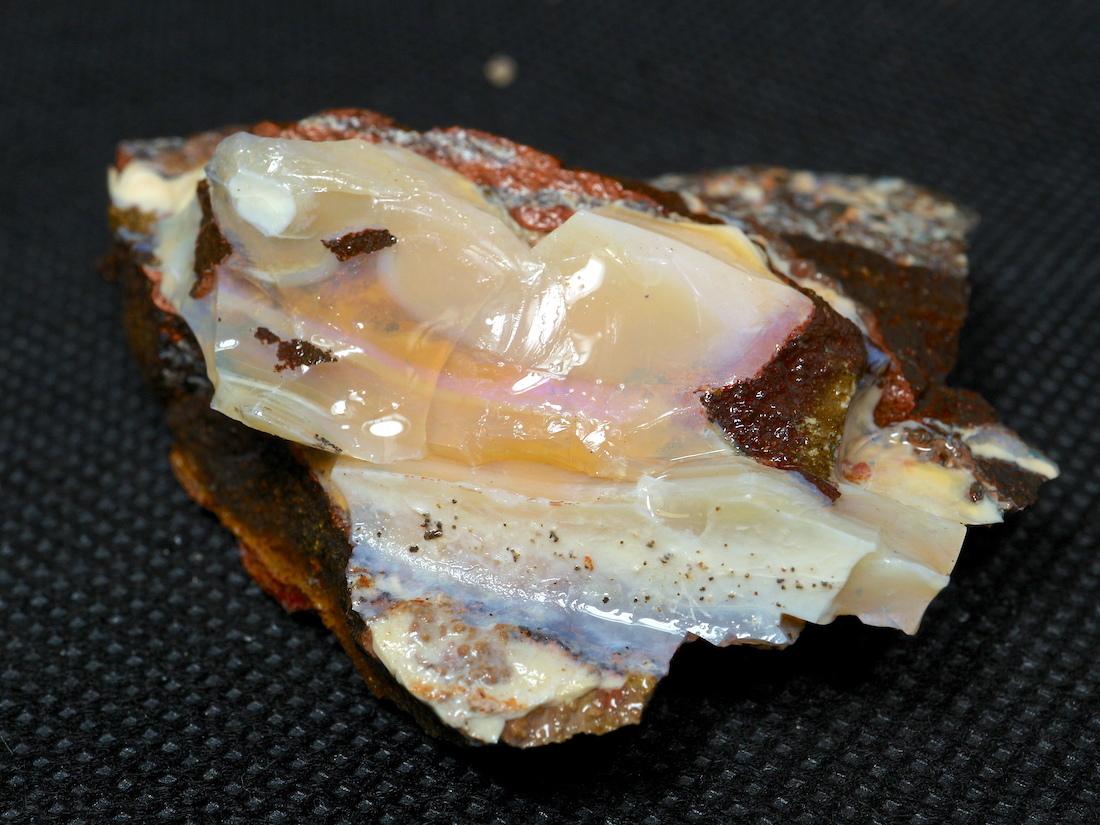 ボルダー オパール  オーストラリア産 原石 鉱物 天然石 39,9g OP058 パワーストーン