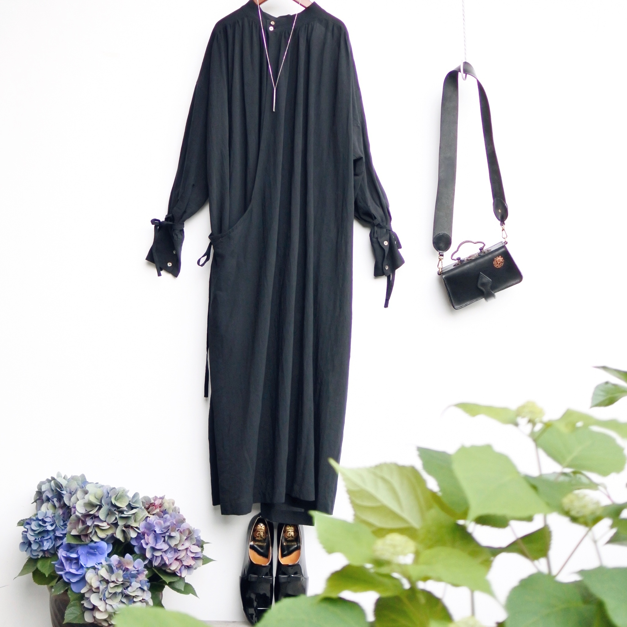 the last flower of the afternoon/ 霞立つ朝 back cache-coeur dress