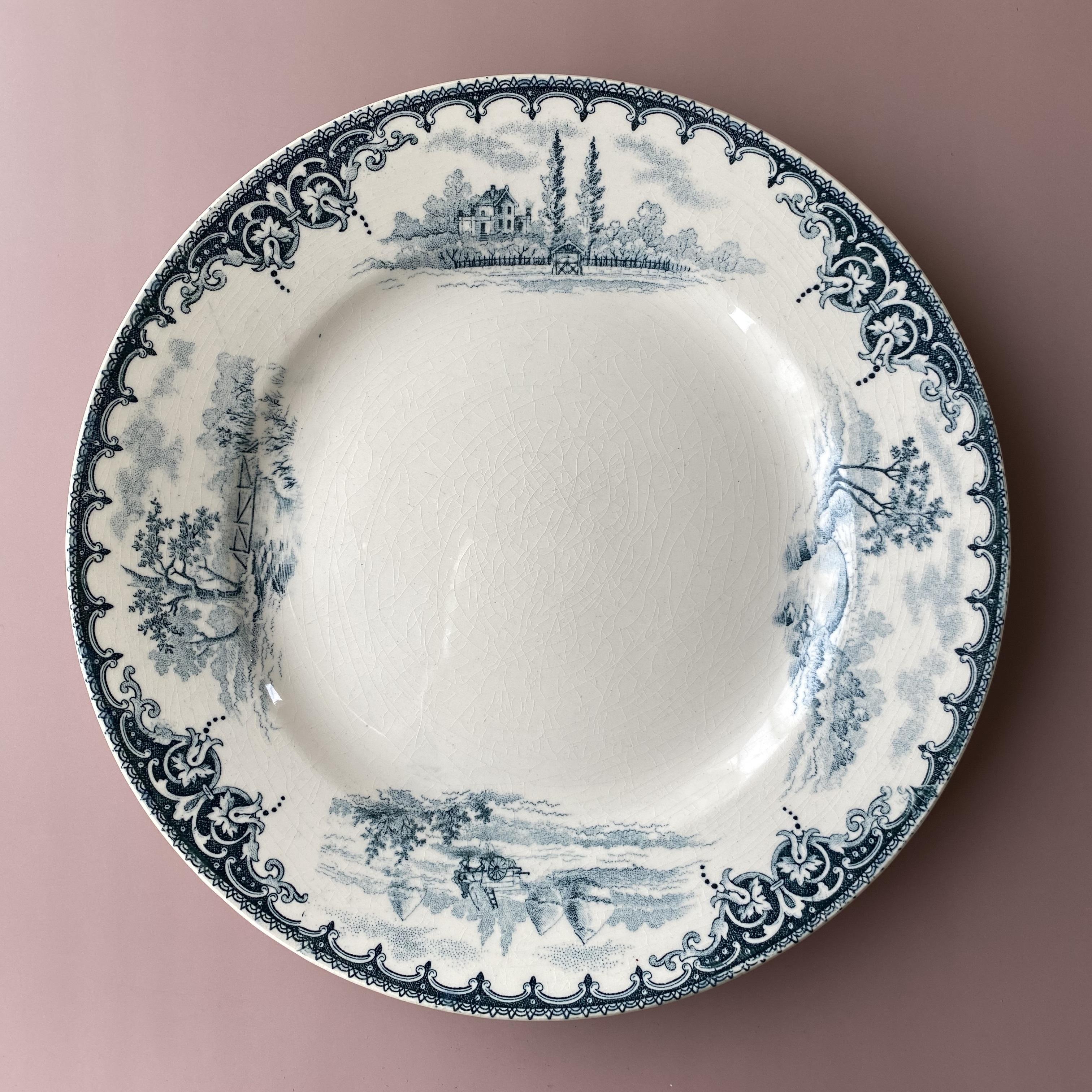 E.BOURGEOIS antique dessert plate2 /uv0008