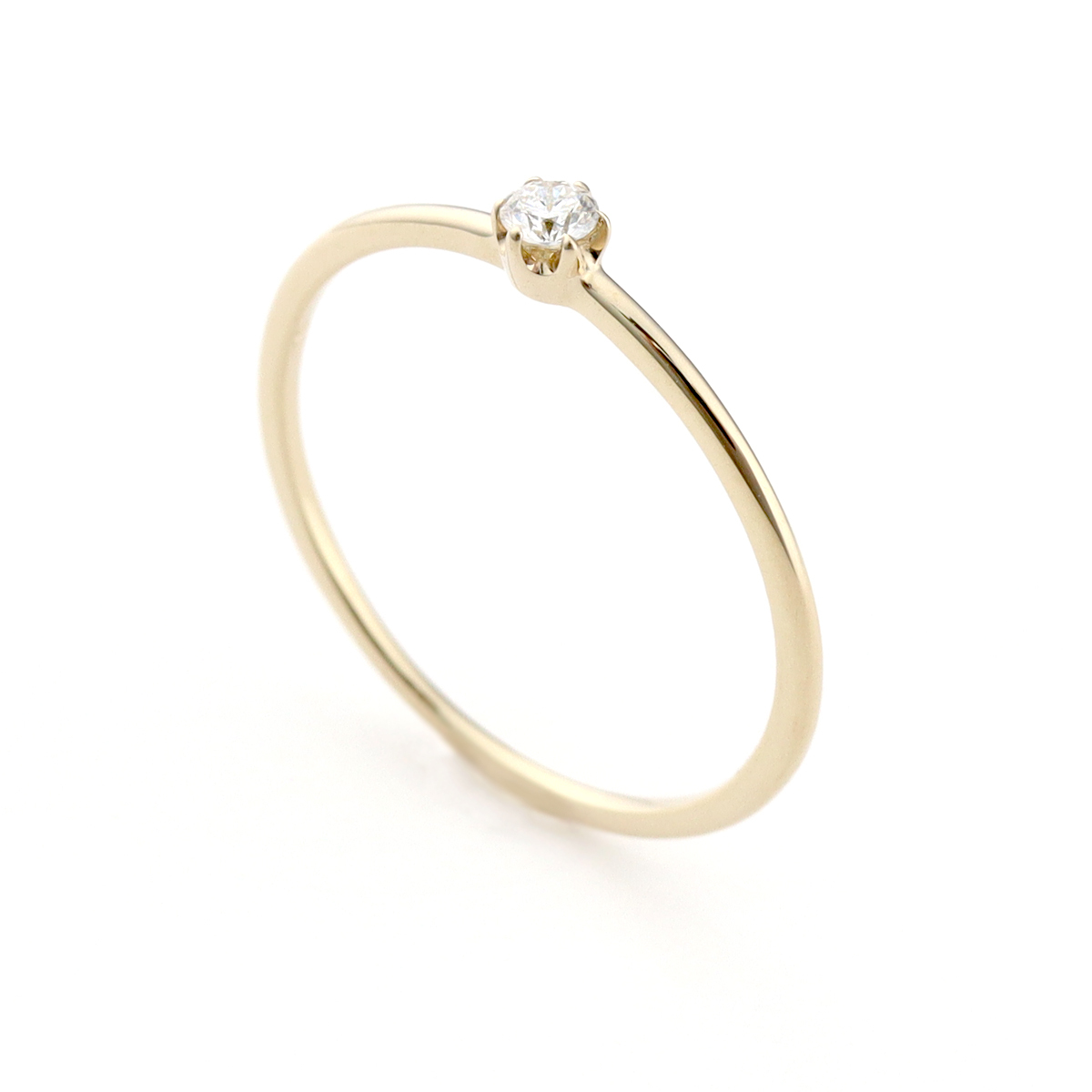 luster solitaire ring