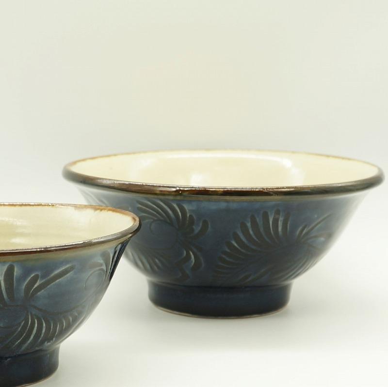 6.5寸そばマカイ 藍彩線彫り【石倉陶器所】