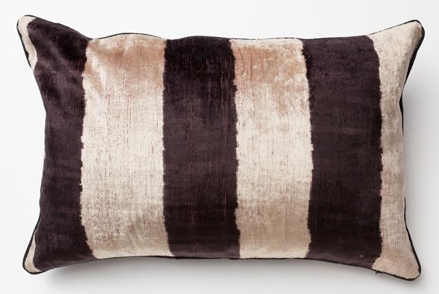 """Black & White Stripe"" 40cm x 60cm〔表ベルベット 裏イカット〕"