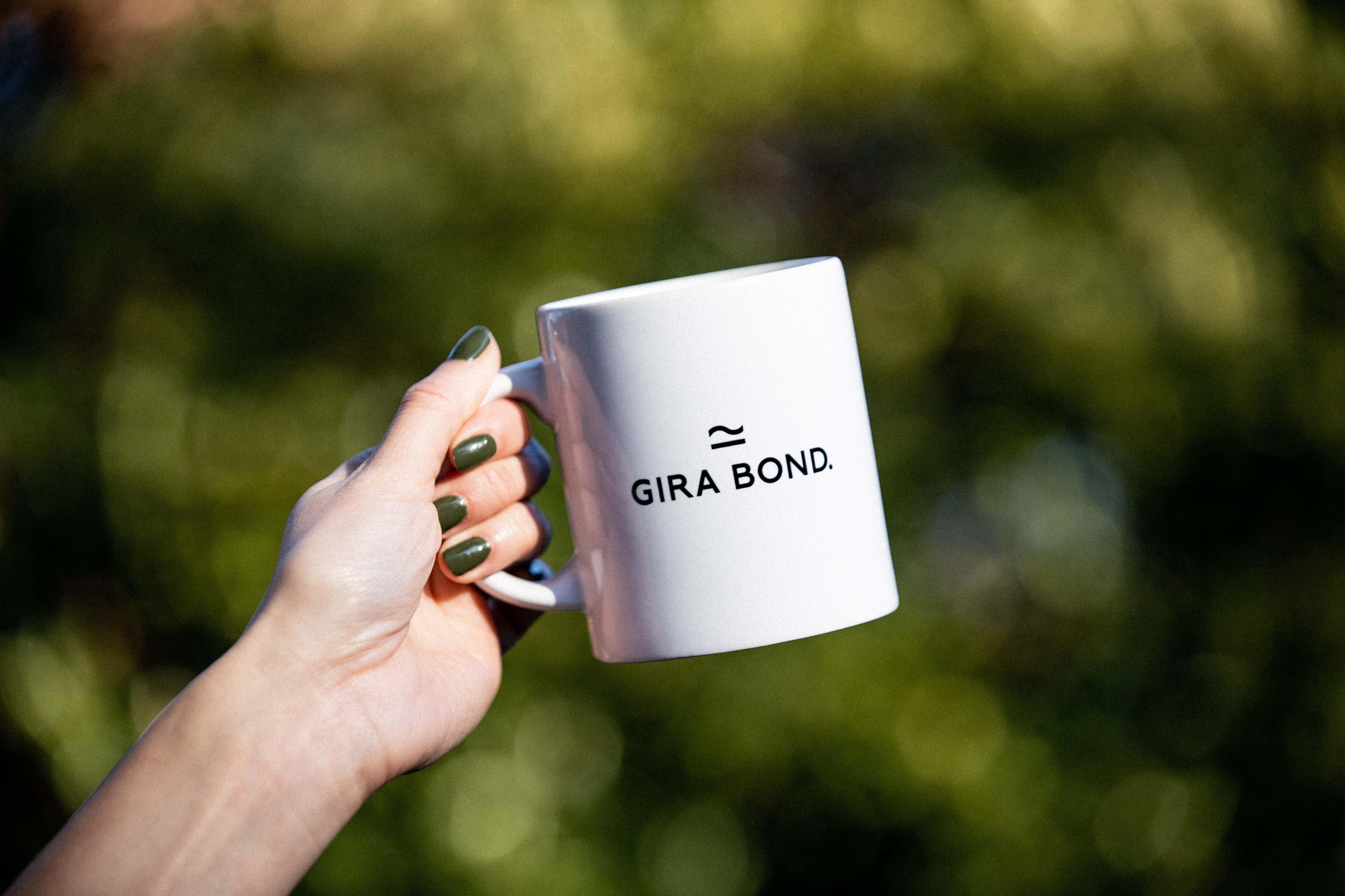 Gira Bond. Original Magcup