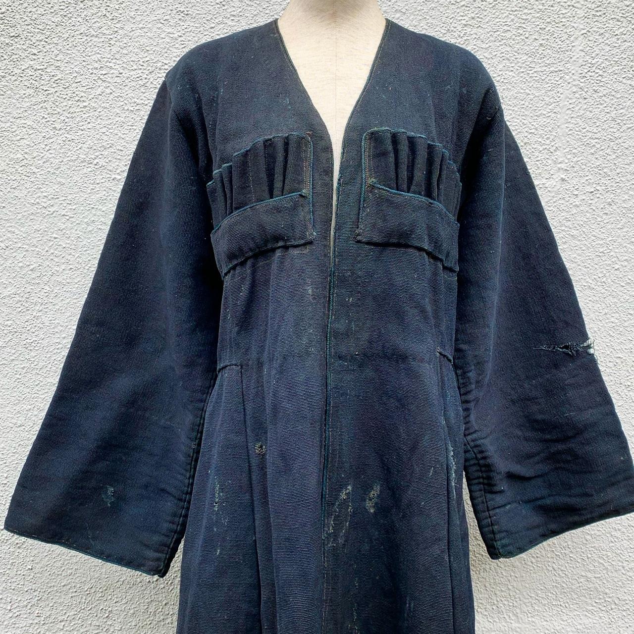 ジョージア(グルジア)の古い民族衣装「チョハ」