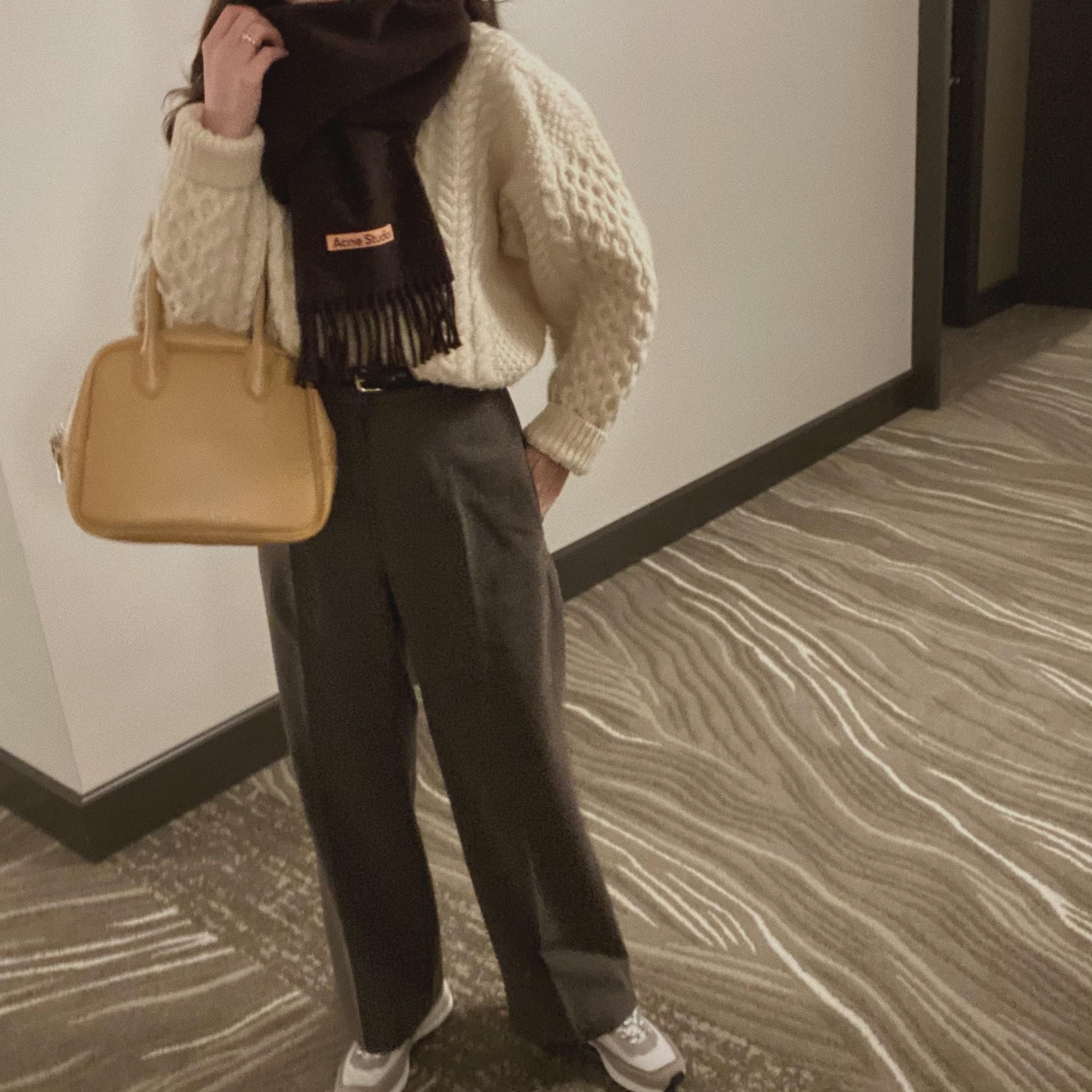 DAYNYC round square hand bag