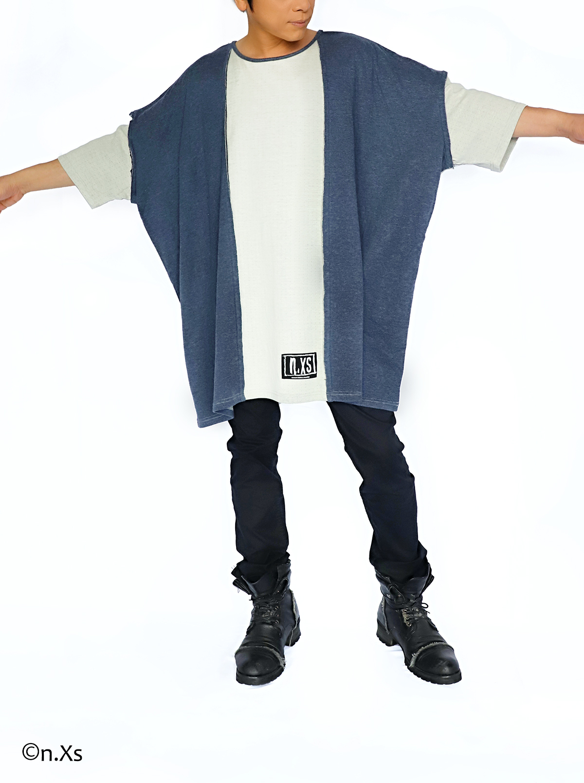 ミルフィーユ・シームTシャツ(ソーサーネックTシャツ)  NAVY