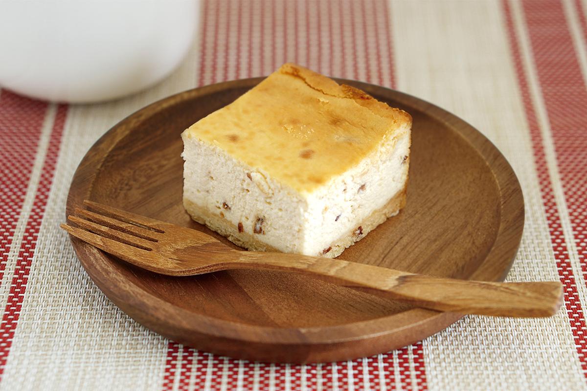 チーズケーキ(ラムレーズン)