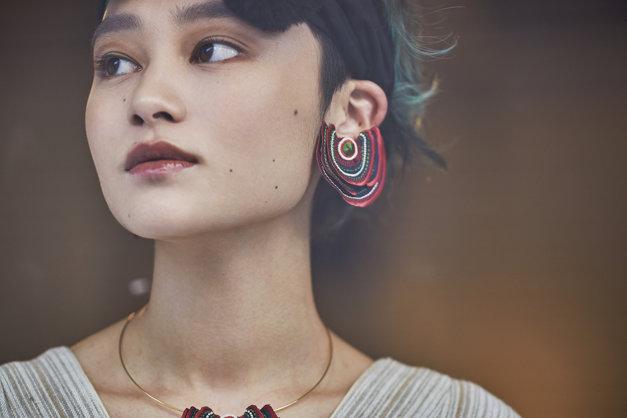 ARRO / Embroidery earring / Turkey Tail / red