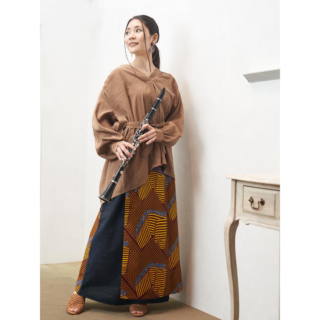 リバーシブルラップスカート ネイビー サファリ(日本縫製) | アフリカンプリント アフリカンファブリック アフリカンバティック パーニュ キテンゲ アフリカ布 ガーナ布 エスニック 異素材 2wayロングスカート 巻きスカート