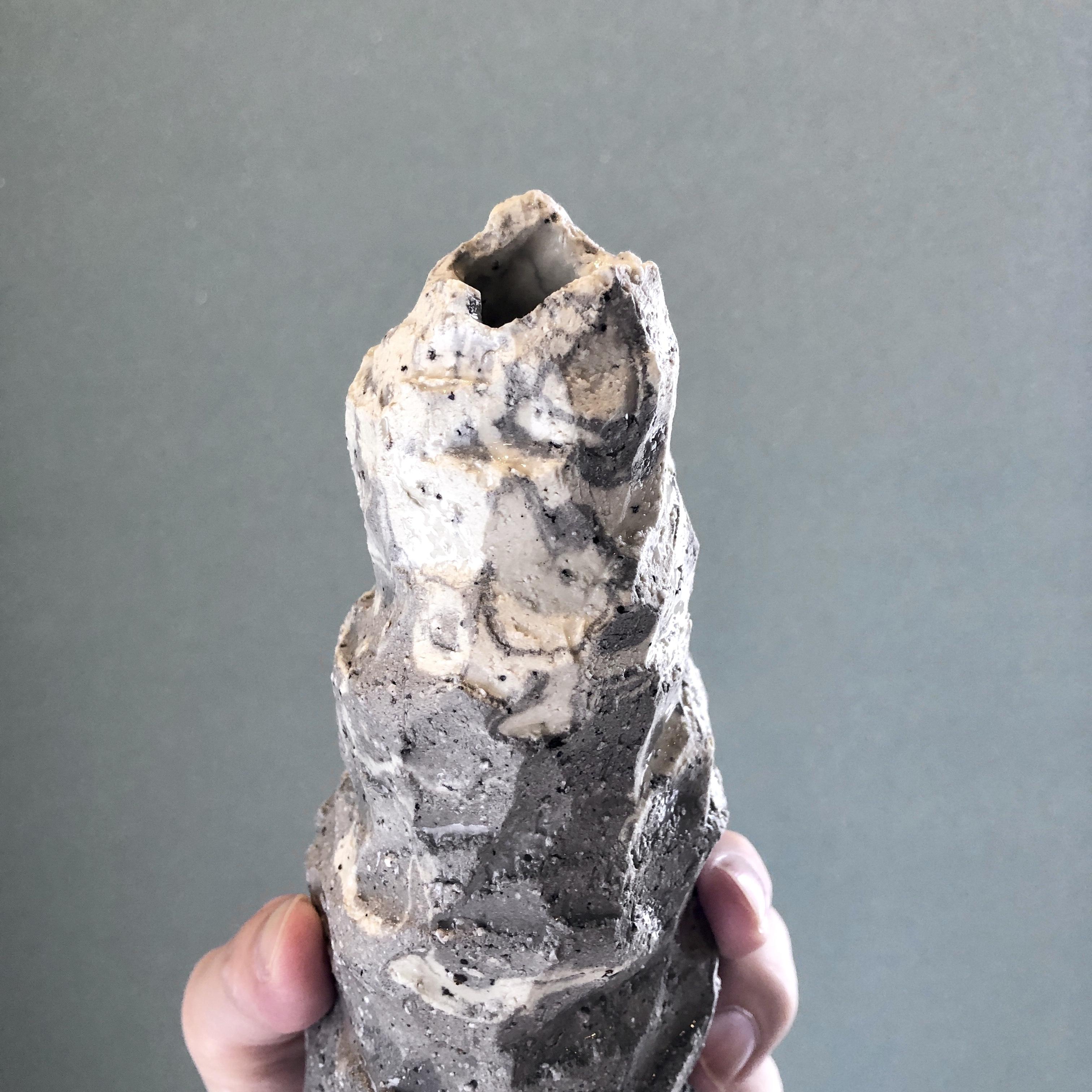 【Stonelike-m3】大きめの一輪挿し【送料無料】