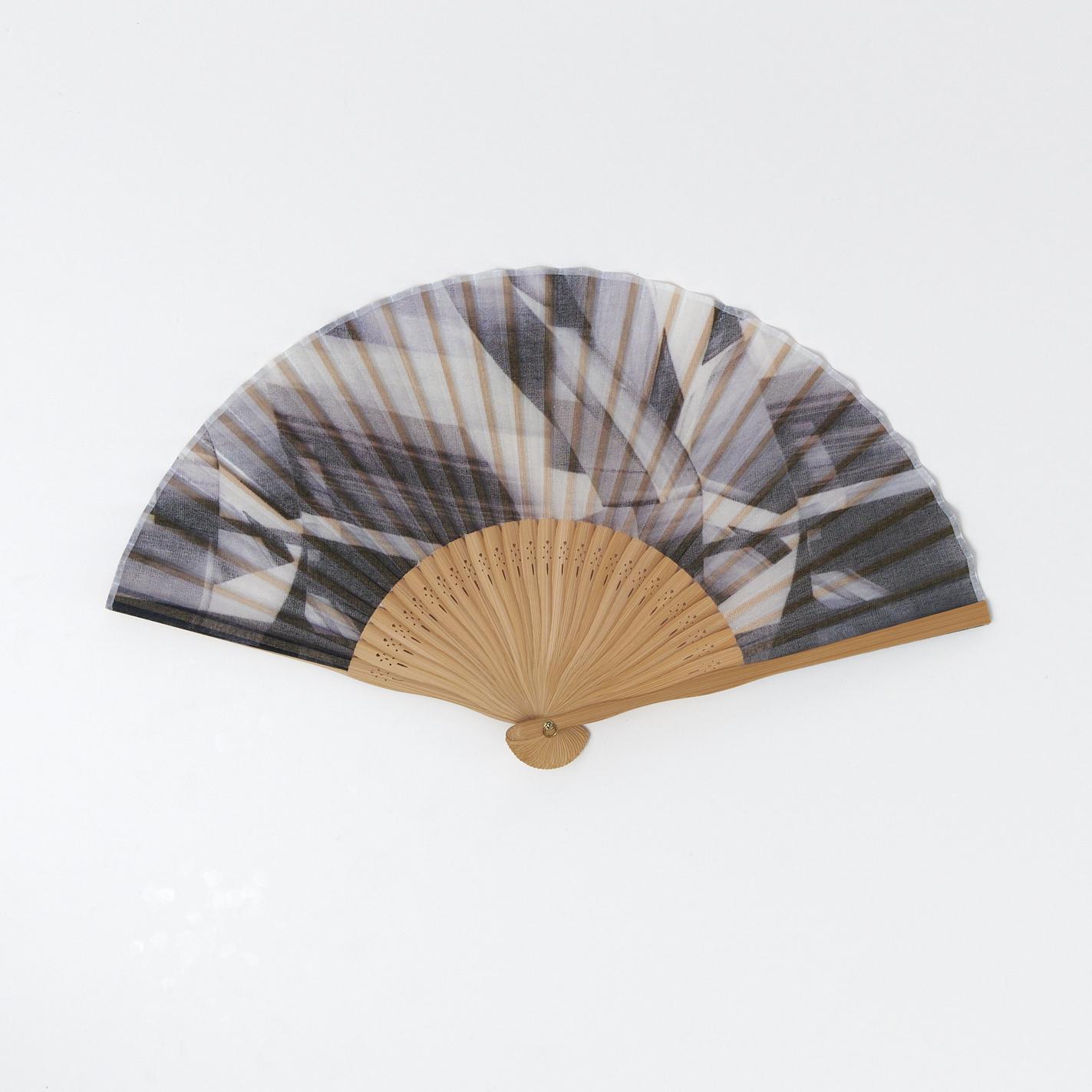 昔ながらの製法で仕立てた綿扇子 - BLOCK DURING A WAVE - 1color