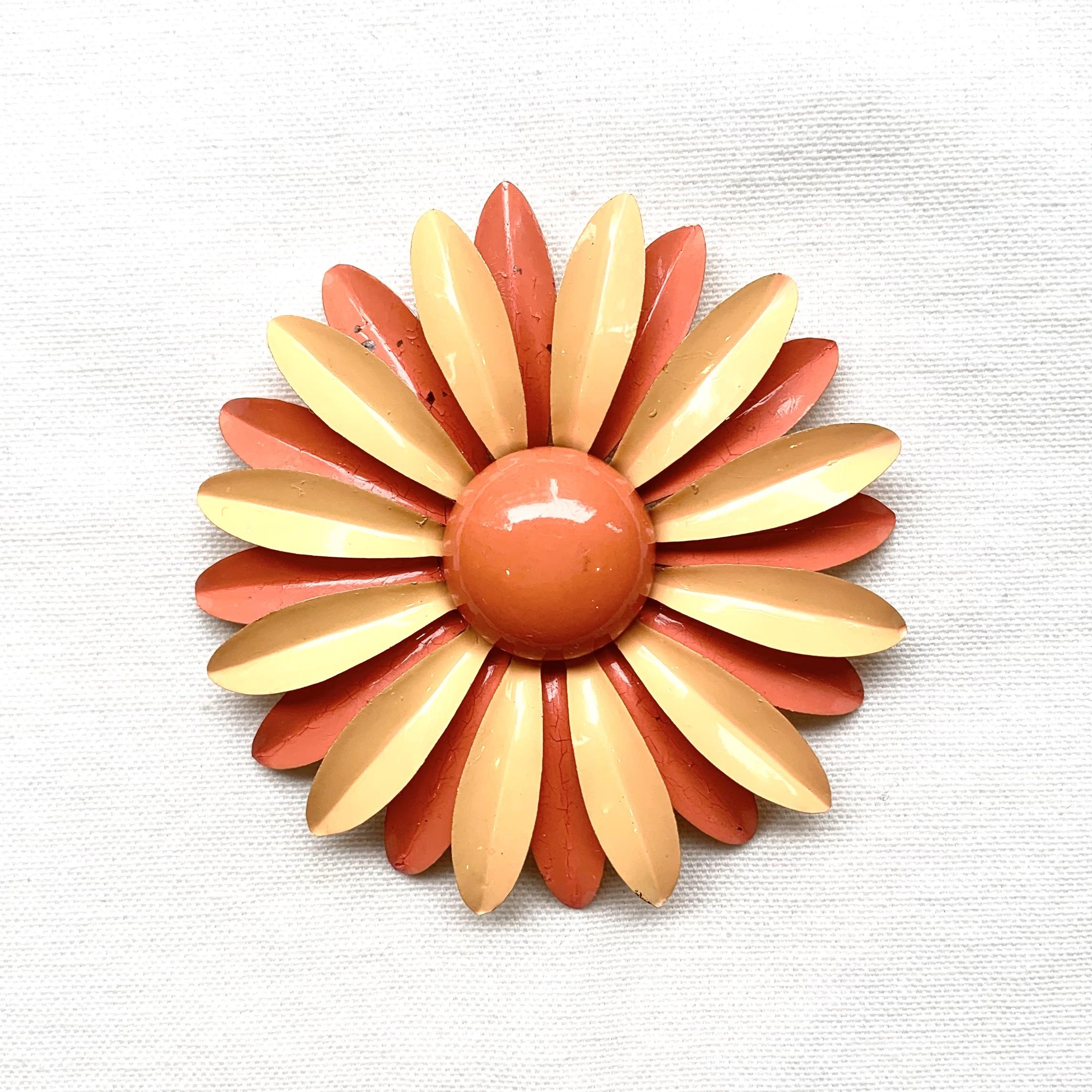 フラワーヴィンテージブローチ(オレンジデイジー)