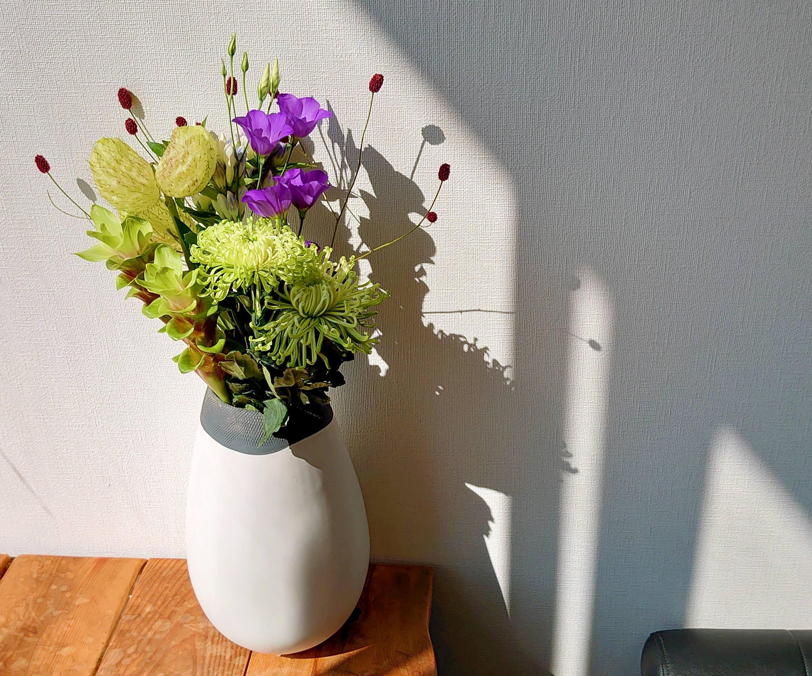 9月9日は『重陽の節句』長寿を願って 菊を飾ろう。 花瓶用ブーケNO,3