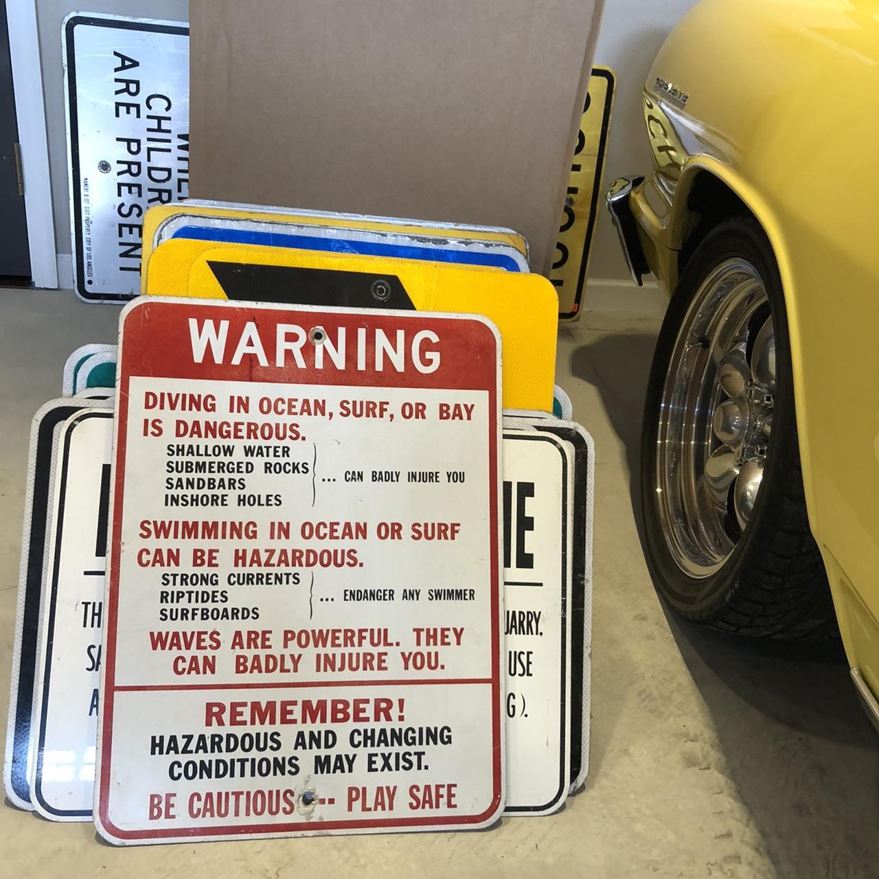 WARNING PLAY SAFE アメリカンロードサイン トラフィックサイン 道路標識