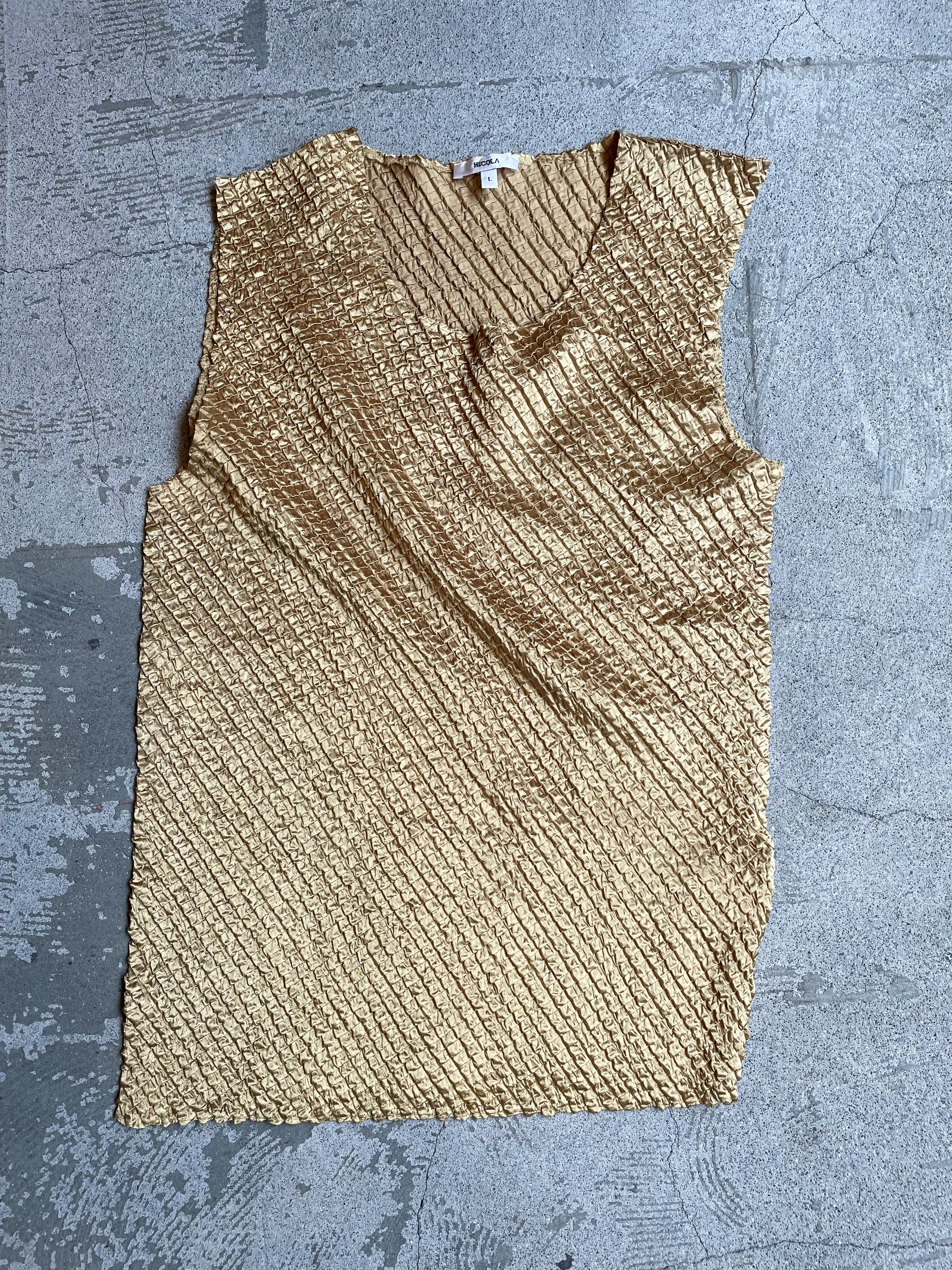 vintage pleats tops-yellow gold-