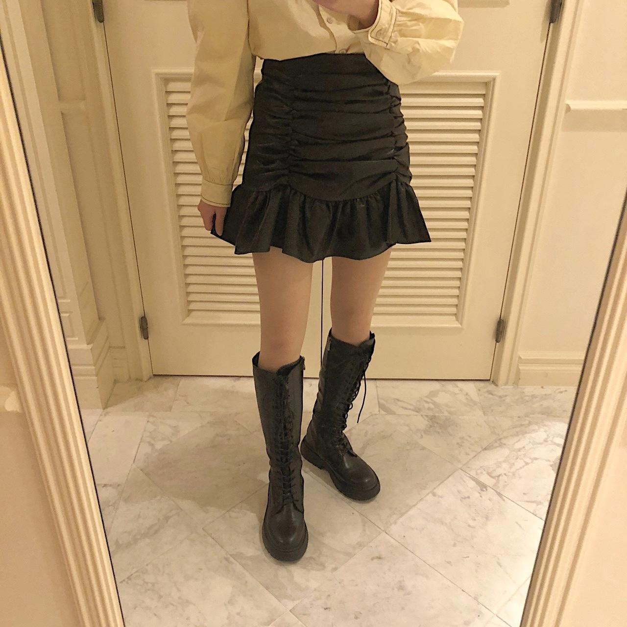 【feellie】leather frill skirt