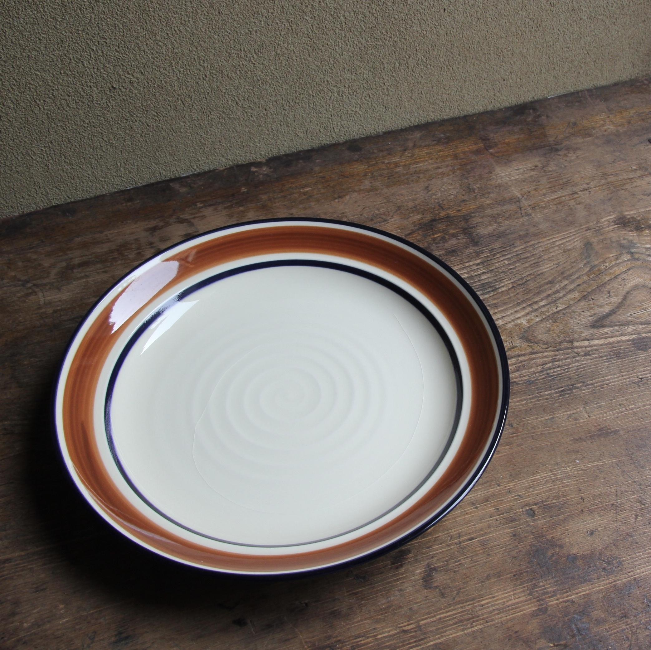 sango  刷毛引 カレー皿 在庫1枚