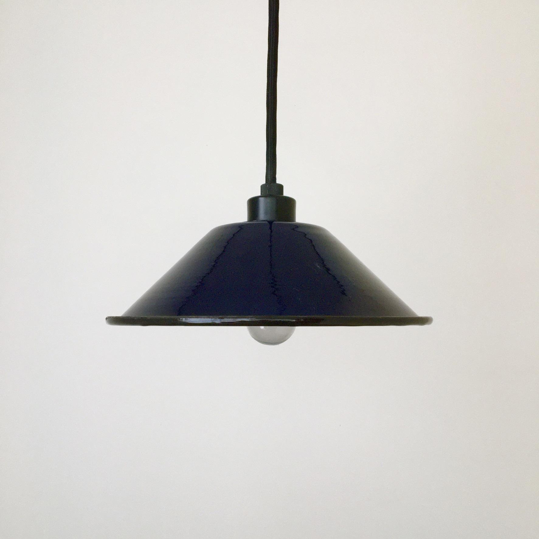 ホーローのランプシェード ネイビーブルー Heavy Duty Enamel Iron Lampshade Navy Blue(PUEBCO)