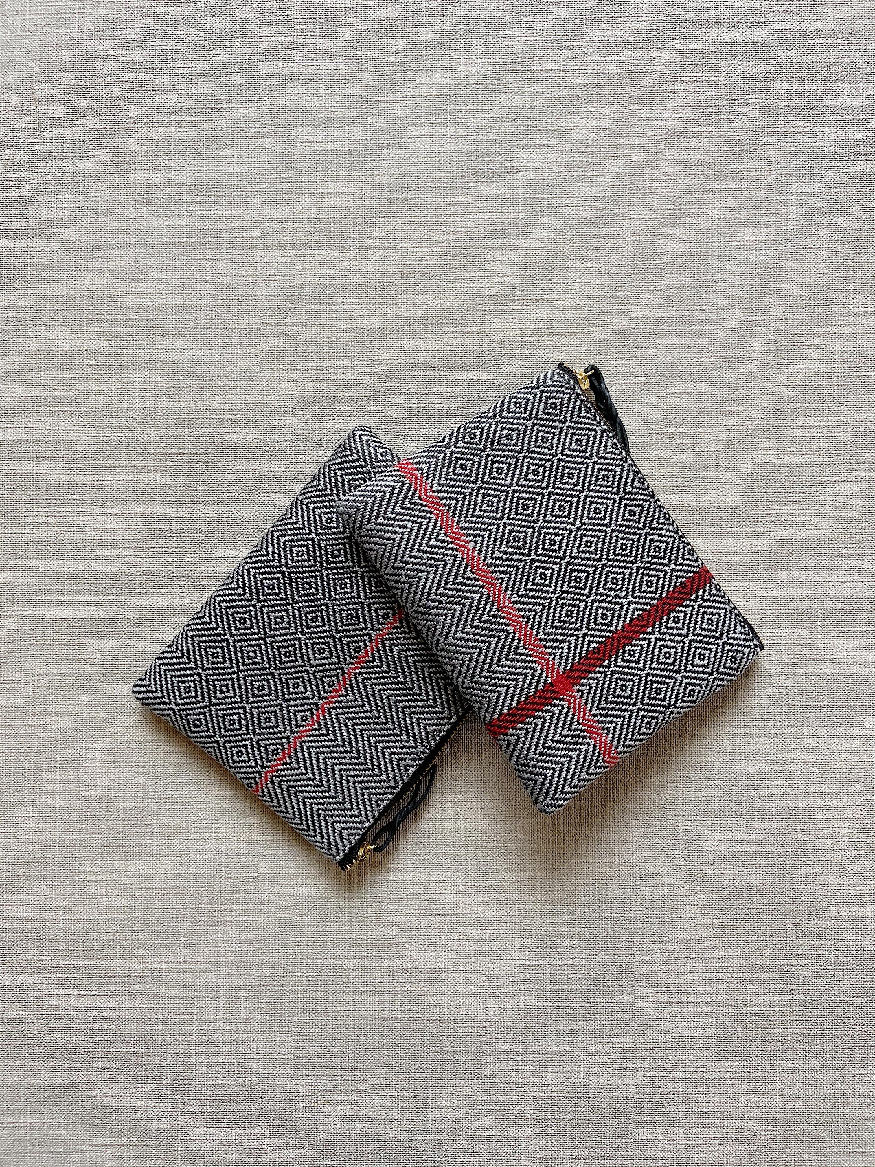 手織りミニポーチライン#2(HAND WOVEN POUCH 14cm RED LINE #2 )