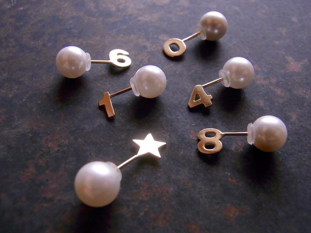 K18 Pop Up Earring / 18金製  飛び出す小さな片ピアスー星・数字・矢印