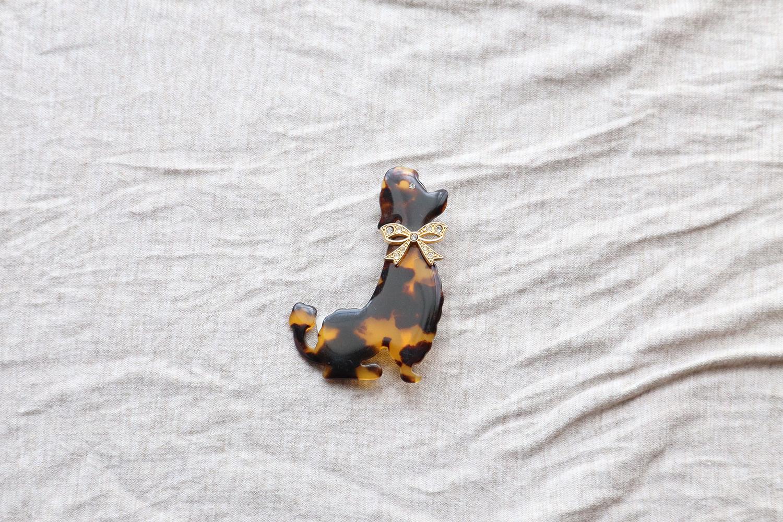 【フランス】犬のブローチ