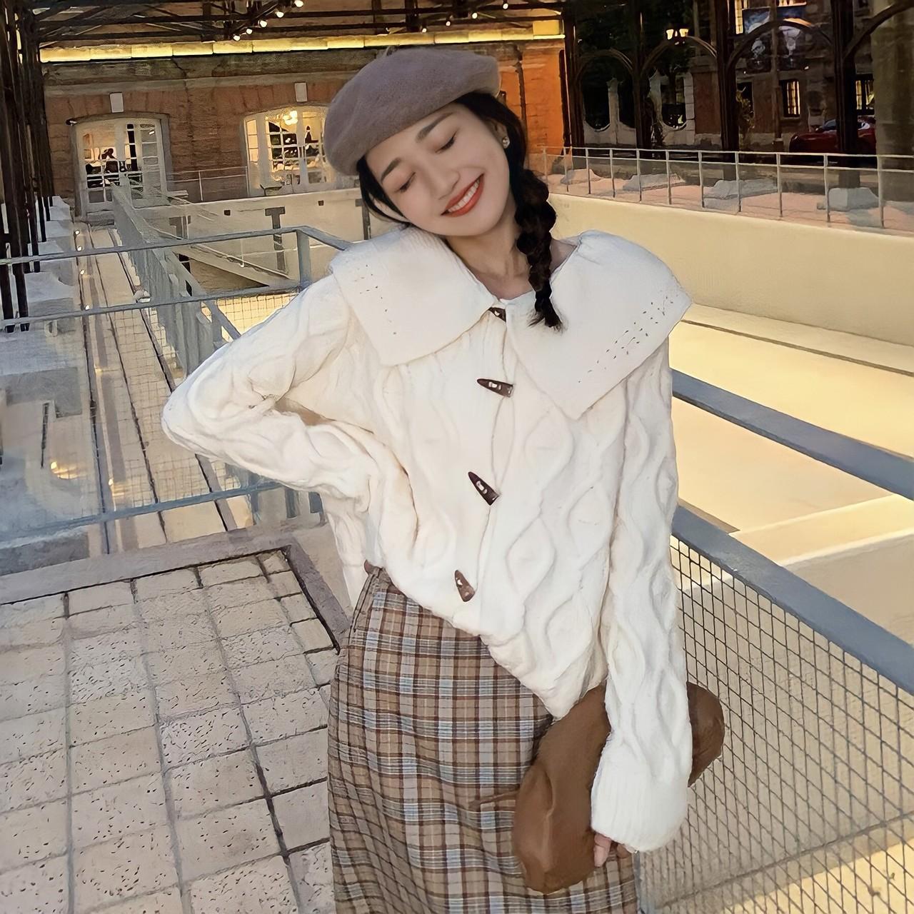 big collar knit cardigan