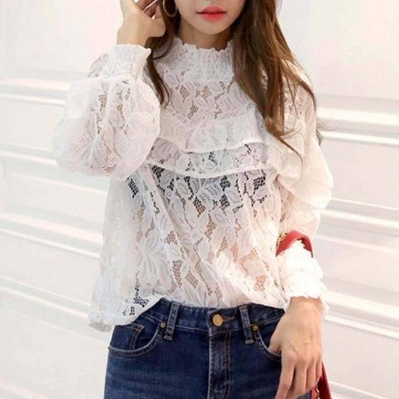 【即納】hollow lace elegant blouse