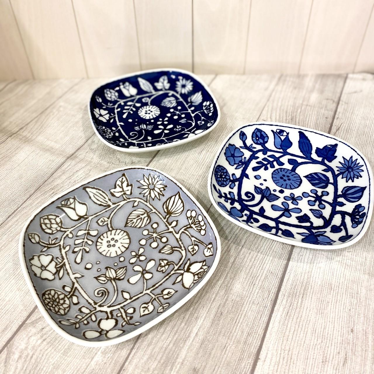 【波佐見焼】【和山】【フラワーパレード】【正角皿】取皿 Mサイズ 和食器 北欧風 ボタニカル かわいい おしゃれ