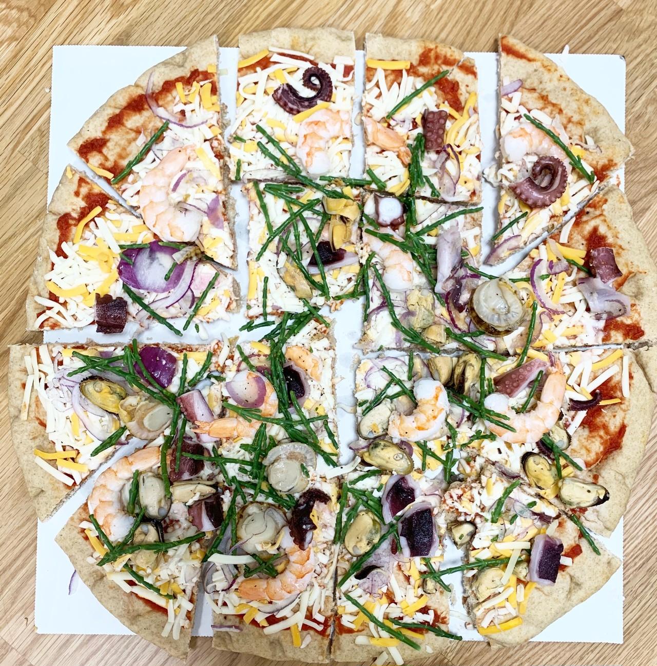 ピザ シーフード (40cm)