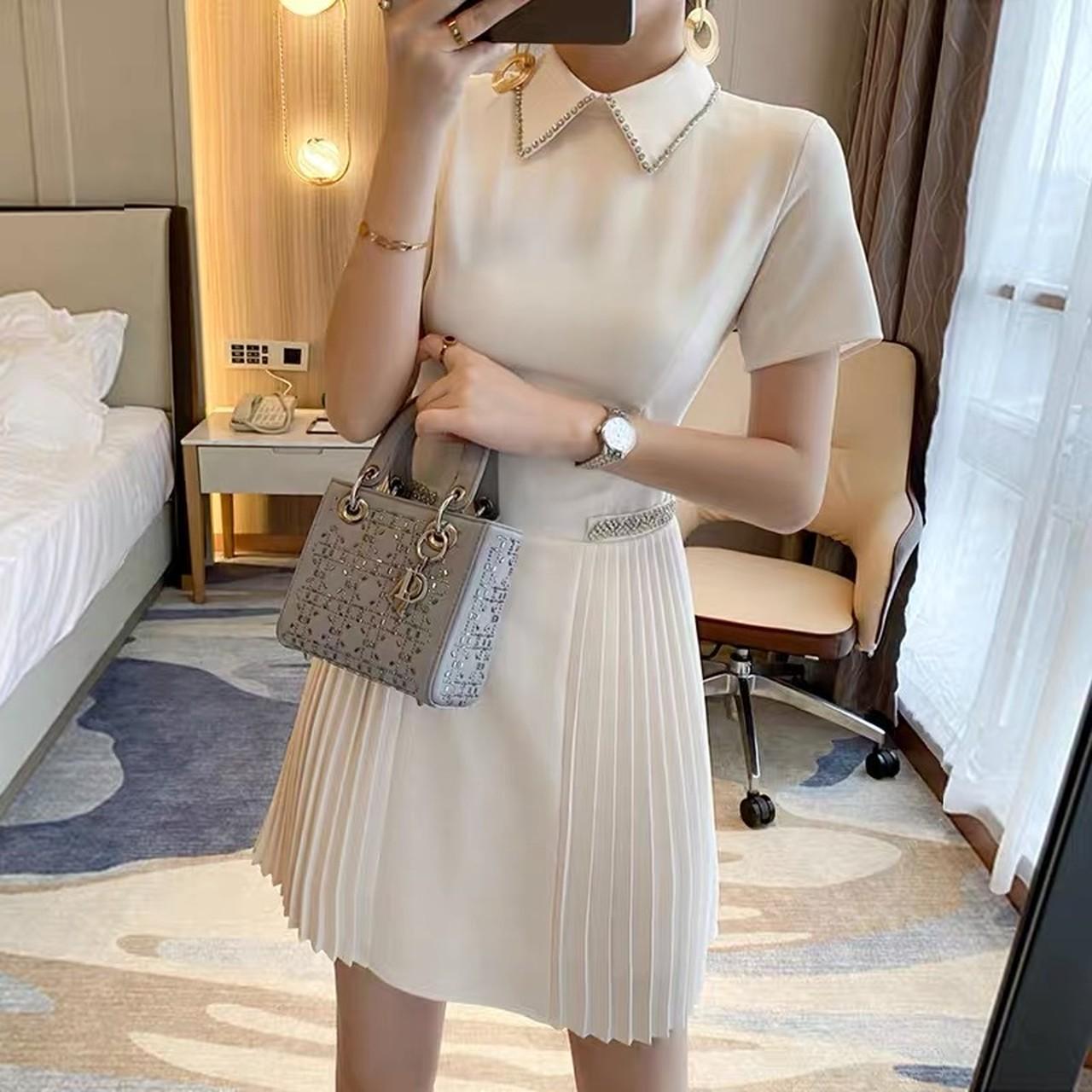 pleat design dress