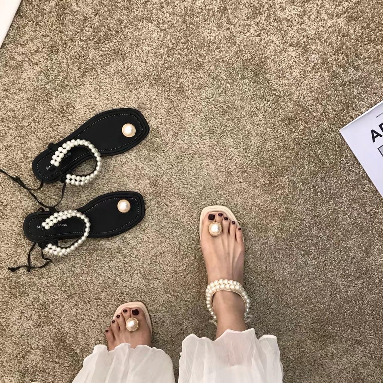 pearl uncle sandal