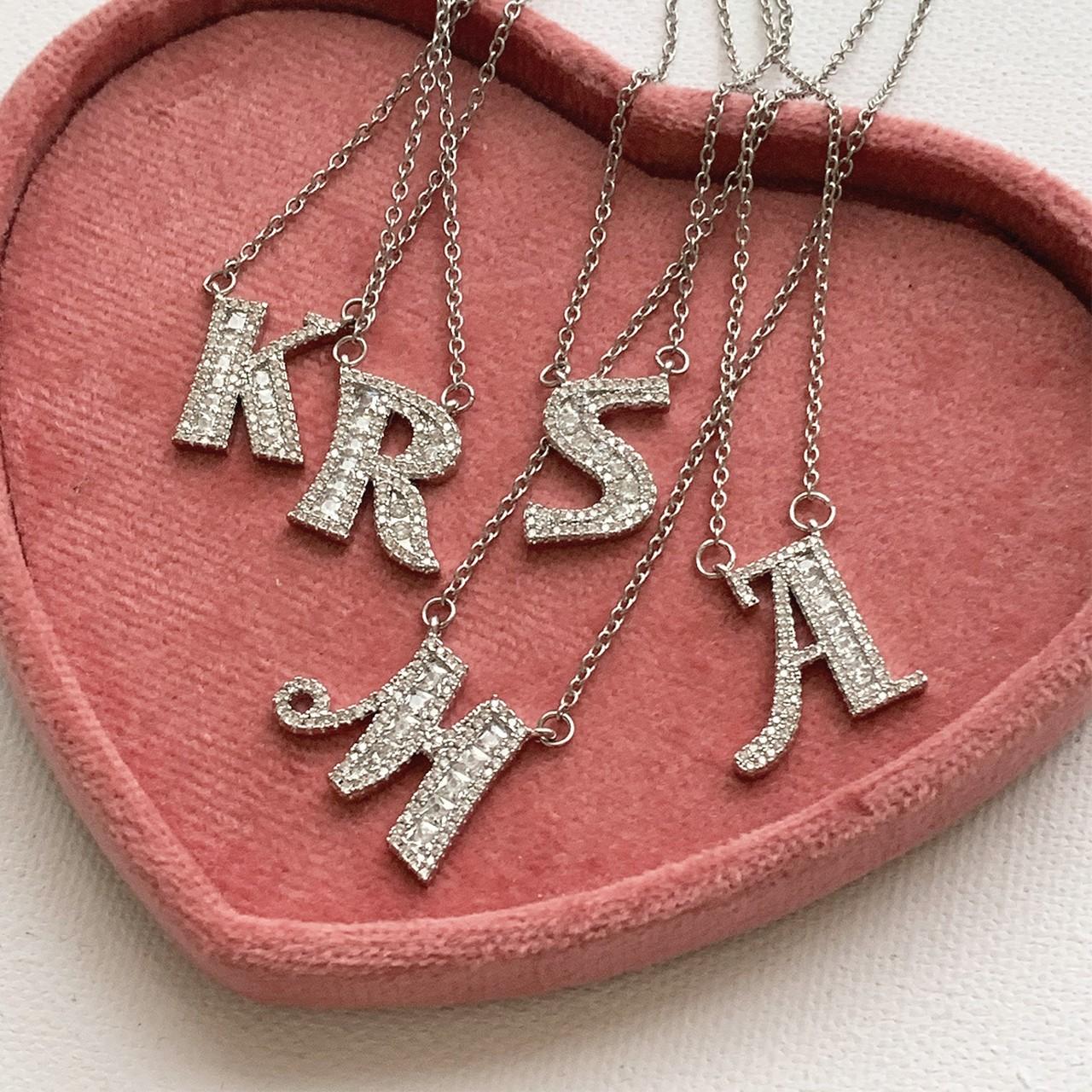 【Cat & Parfum】Kira Kira Initial Necklace