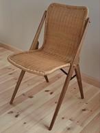 籐とアイアンの椅子