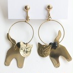 gold cat earring[e-1174]